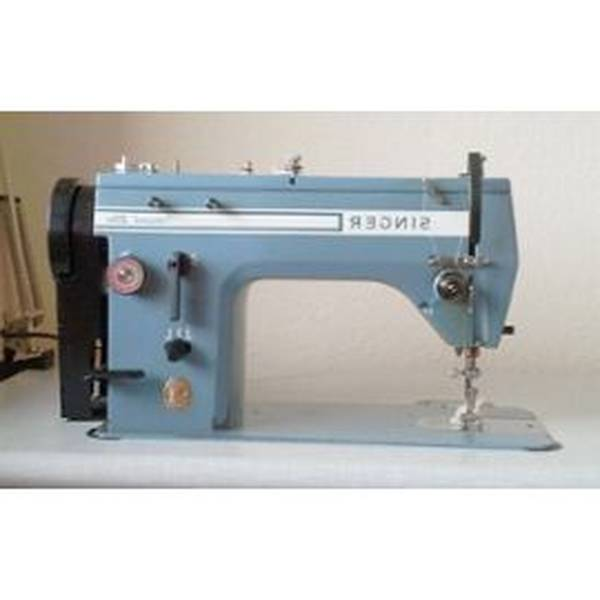 Machine a coudre plate industrielle
