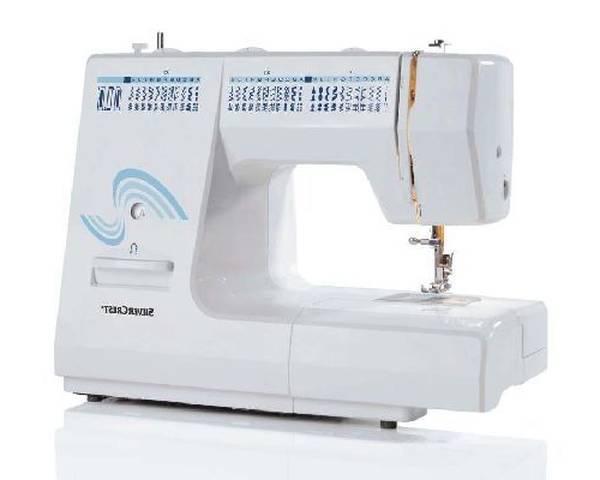 Machine a coudre artisanale